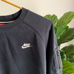 ⚡️NIKE CREWNECK SWEAT SHIRT